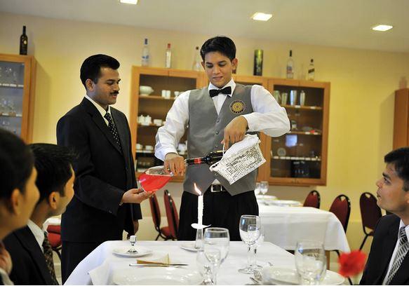 7 Best International Institutes of Hotel Management in India
