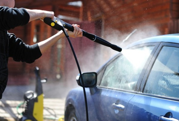 How to Wash Your Car with a Pressure Washer