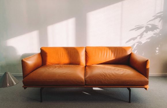 Here's How Online Renting Furniture Can Help You Moving in a New City
